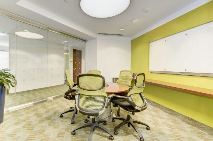 Small meeting space at Carr Workplaces Tysons location