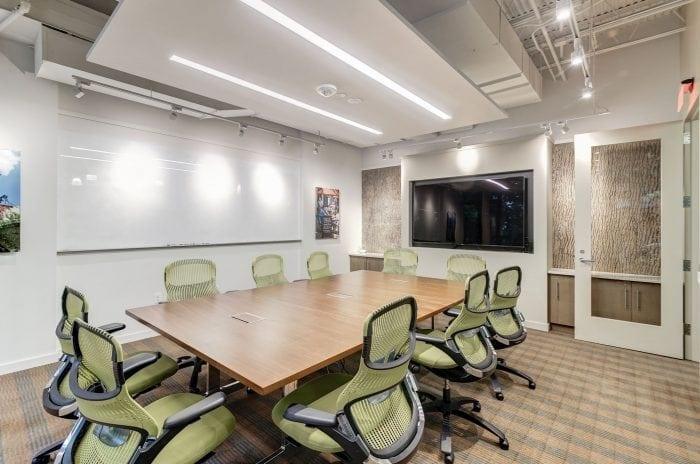 Small meeting space at Carr Workplaces Waterman Place location